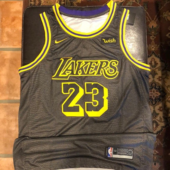 outlet store b8289 a9534 Lebron James Los Angeles Lakers #23 Nike Jersey NWT